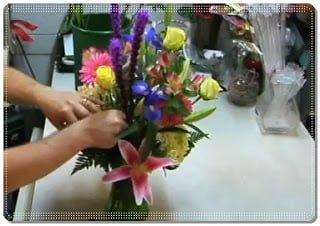 usaha merangkai bunga