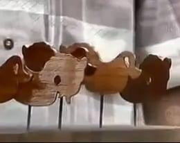 gantungan kunci limbah kayu