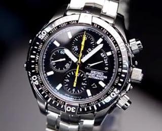 jam tangan kronografi